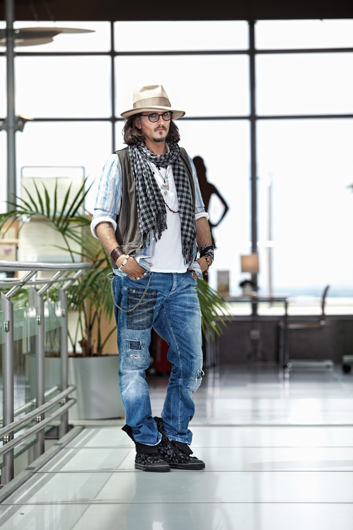 Michael Heuel als Johnny Depp Airport Dortmund